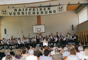 ORF Radio Niederösterreich Frühschoppen - Aufnahme von 1994 im Turnsaal der Volksschule Senftenberg.
