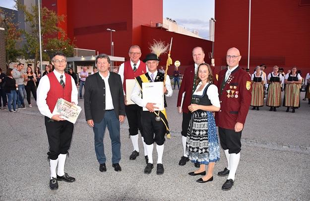 Peter Kirschbaum bei der Urkundenverleihung. Foto: © BAG Krems